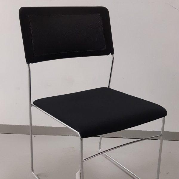 Musta Wiesner-Hager outline -tuoli