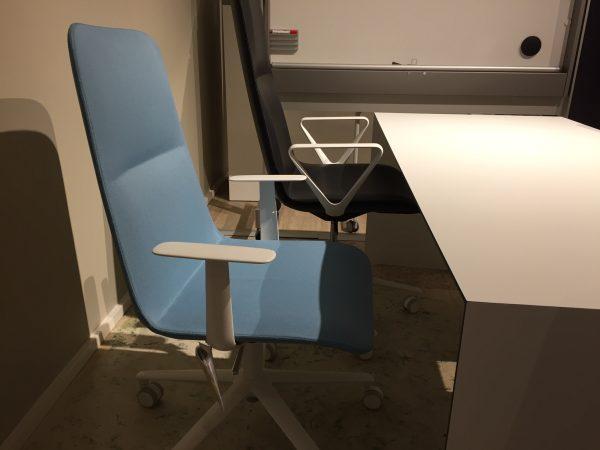 Alias slim conference Medium 5 -tuoli sininen