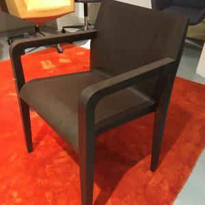Alias laleggera -tuoli ruskea