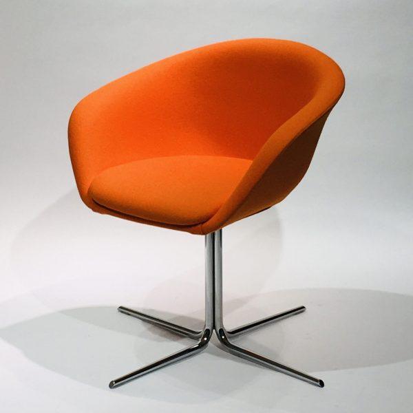 Arper Duna -tuoli, oranssi