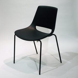 Arper Palm -tuoli, musta