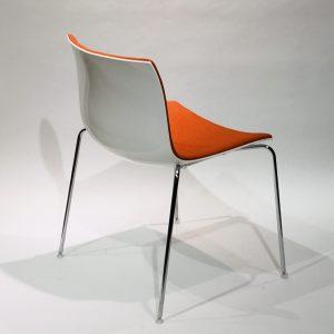 Arper Catifa 53 -tuoli oranssi