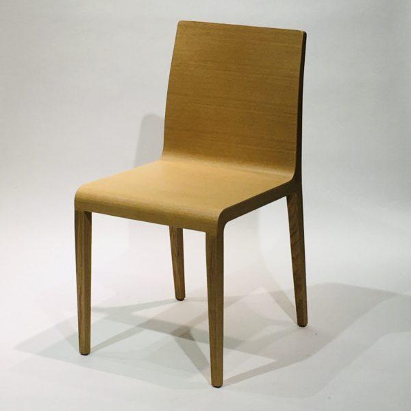 Pedrali Young 420-tuoli, vaaleanruskea