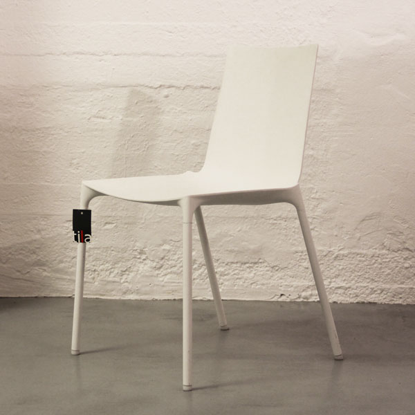 Valkoinen Wiesner-Hager macao -tuoli