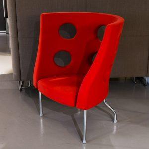 Alias monoflexus -nojatuoli punainen