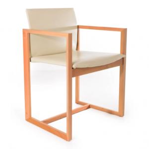 Cassina Eve -tuoli, valkoinen